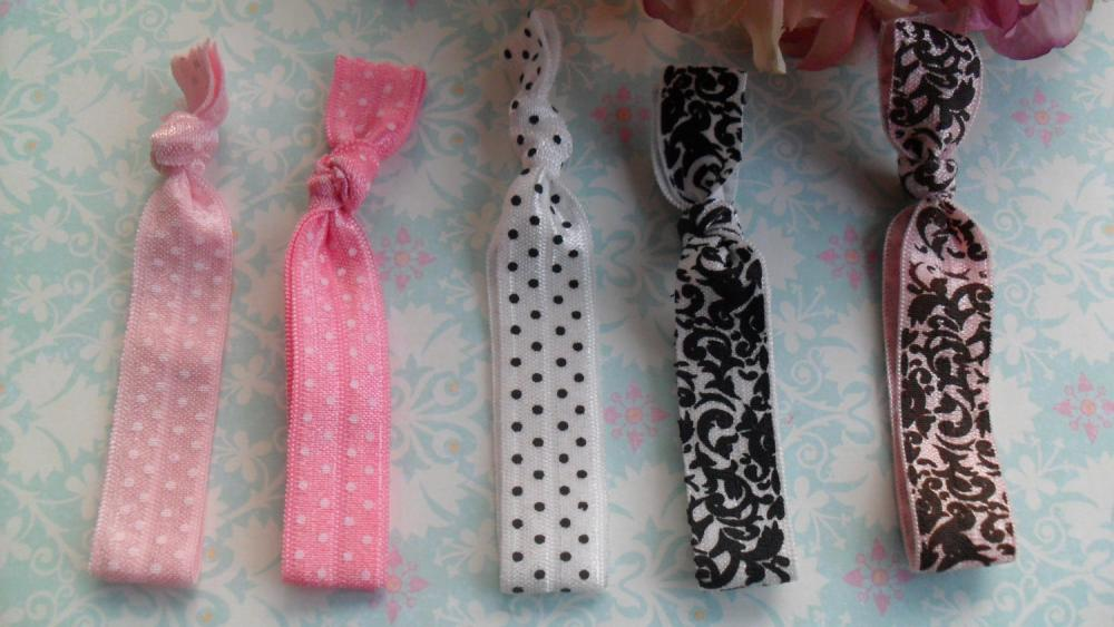 Pony Tail Ties Show me some Glam: Pretty Pink, Pink with Polka Dots, White with Polka Dots, and Damask